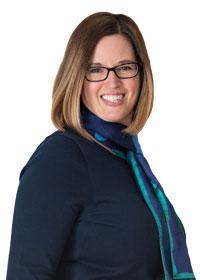 Suzanne Lynn, Board Member