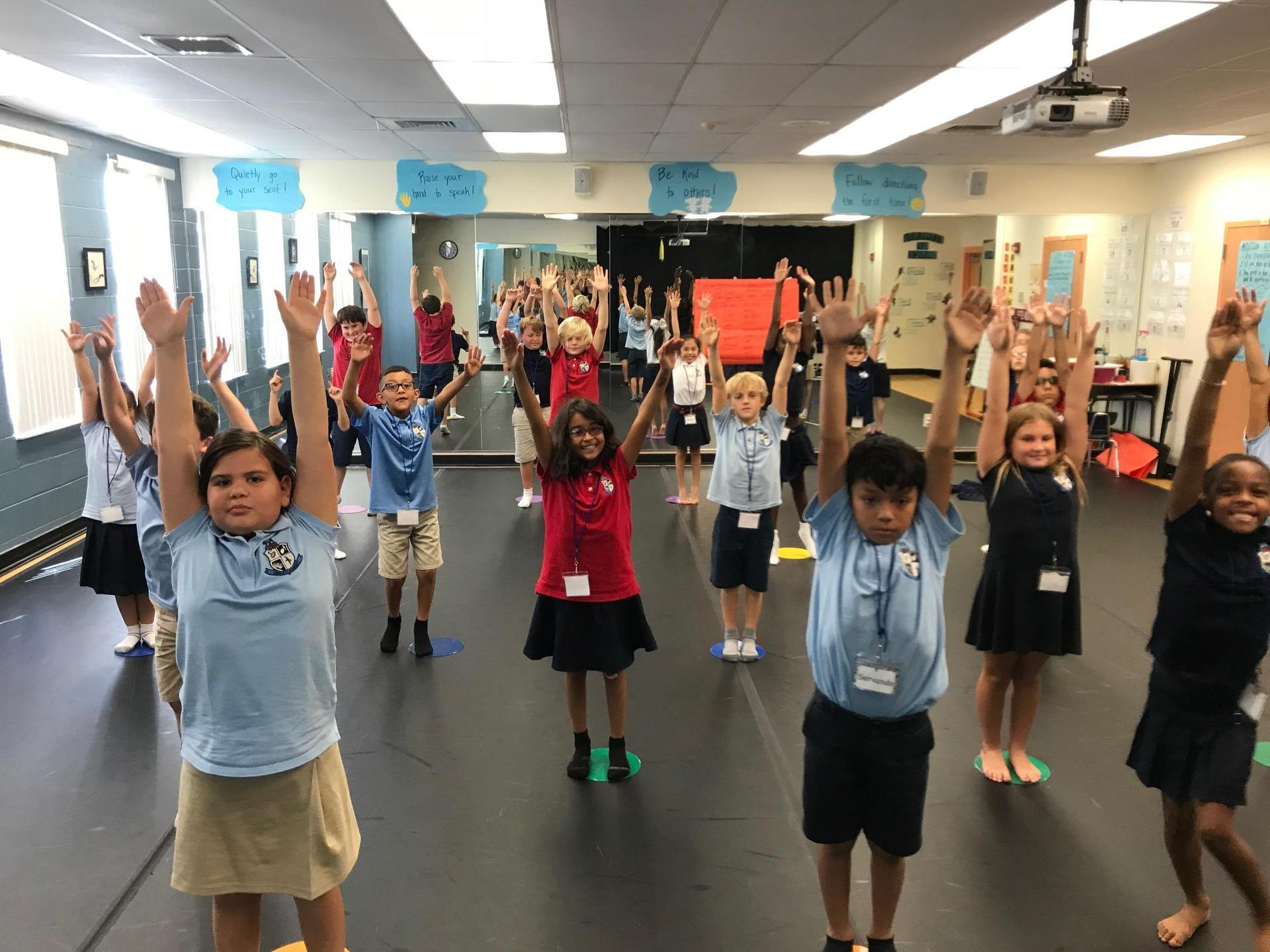 3rd graders stretching