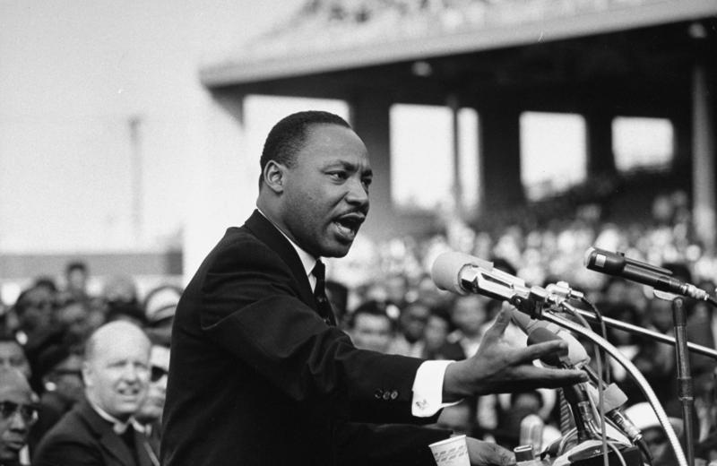 NO CLASSES ON JAN. 18TH IN OBSERVANCE OF MLK DAY | NO HABRA CLASES EL 18 DE ENERO POR MLK DAY Featured Photo