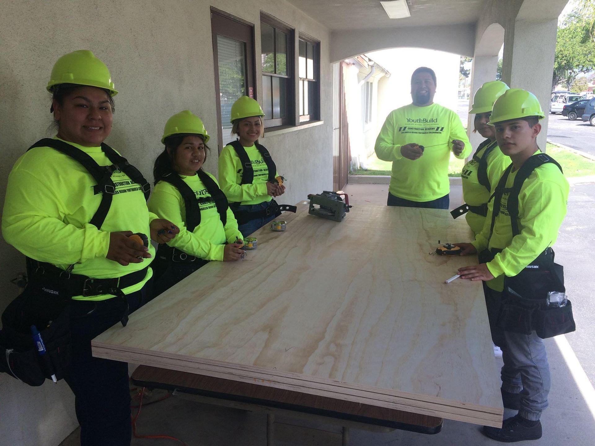 El Monte construction students