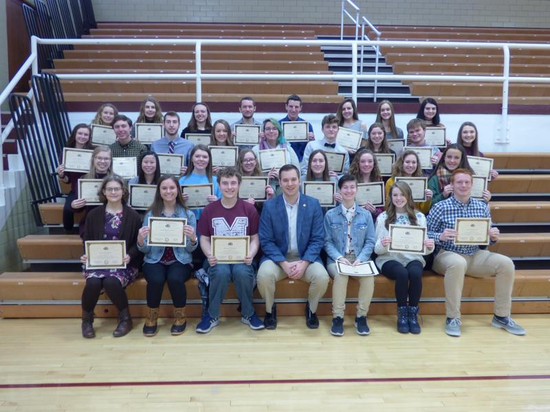 State Representative Welter Recognizes Morris HS Illinois State Scholars Featured Photo