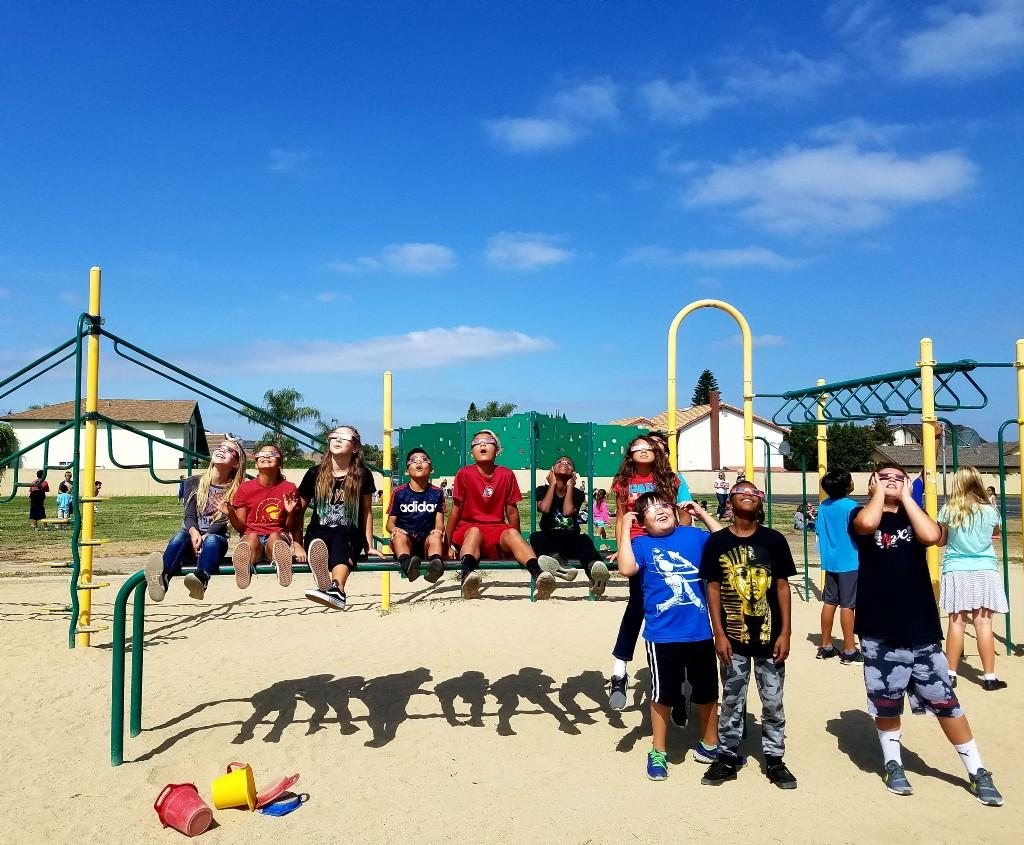 playground viewing of solar eclipse