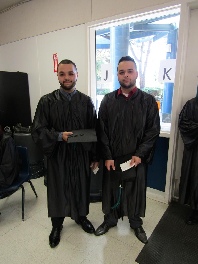 Graduation 2018 Mares Twins