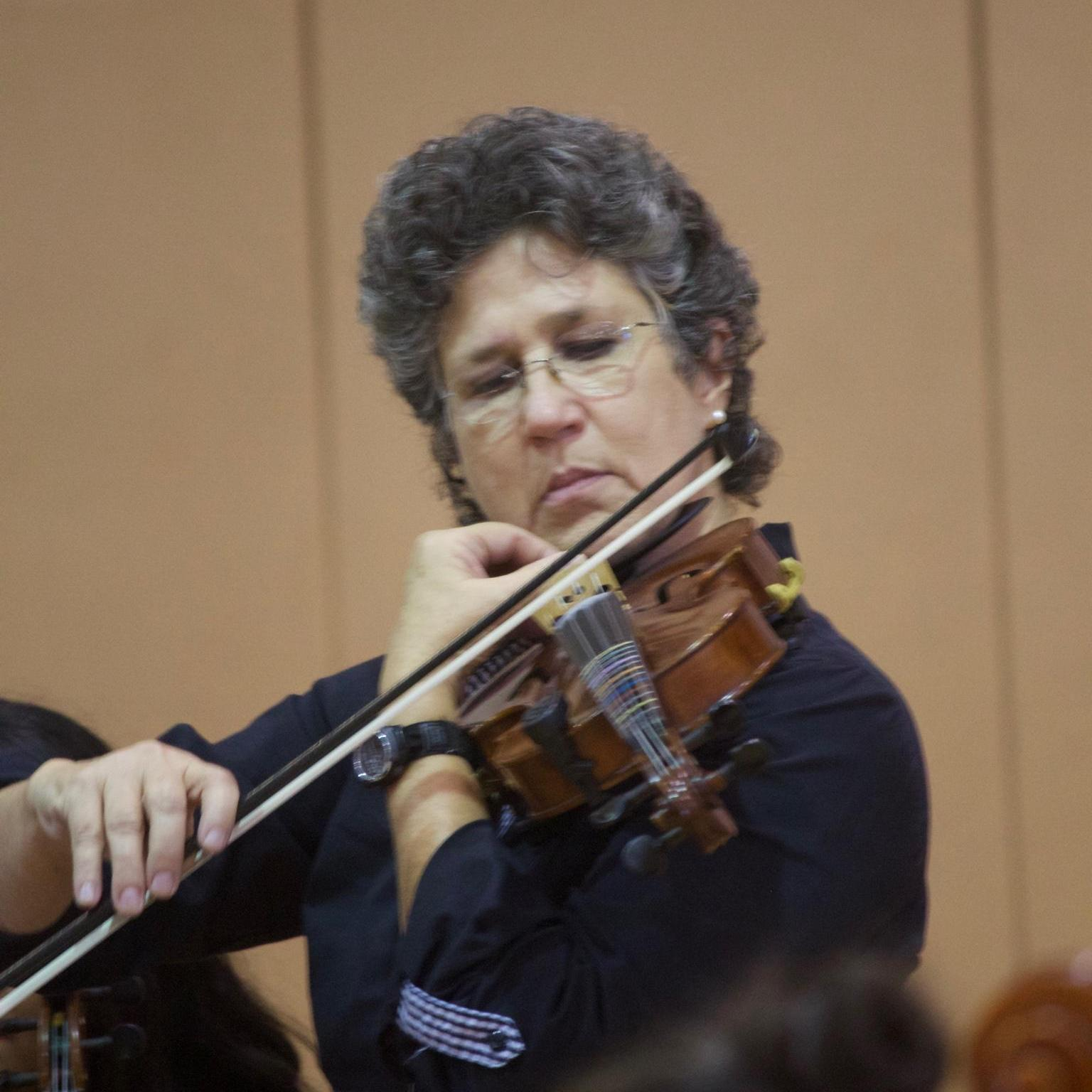 Lynn Collier's Profile Photo