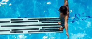 swimming-2741030_1920-2c40a9e7b1e24e5fabfd93fbca837947.jpg