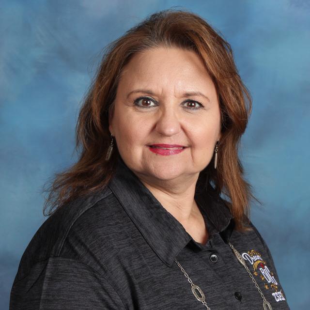 Maria E. Saezn