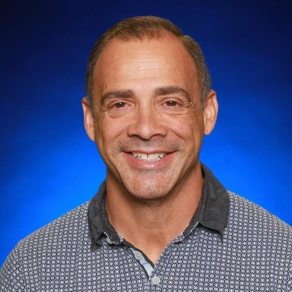 Daniel de Leon's Profile Photo