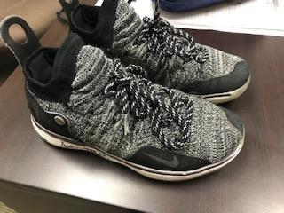 Black Nike KD's shoes small 3/19