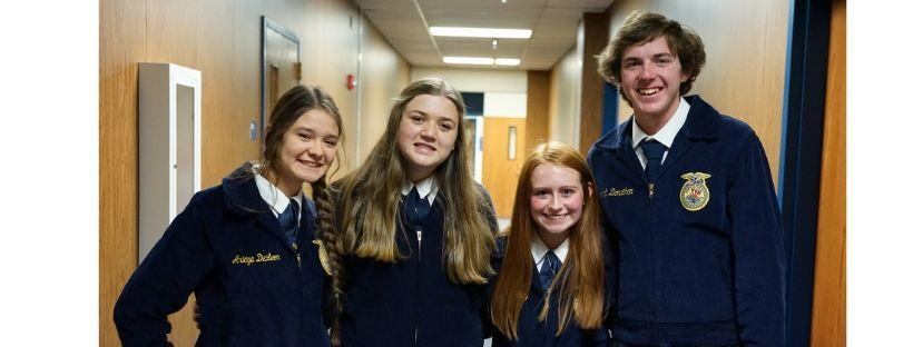 frenship ffa students pose for a photo