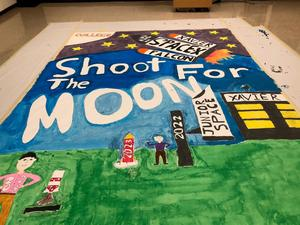 Shoot For The Moon banner at XLI
