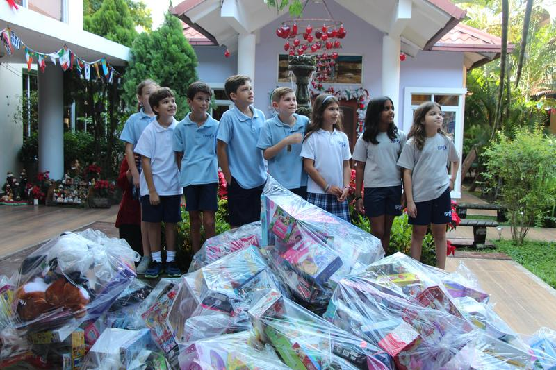 ES - FANLYC toy drive Featured Photo