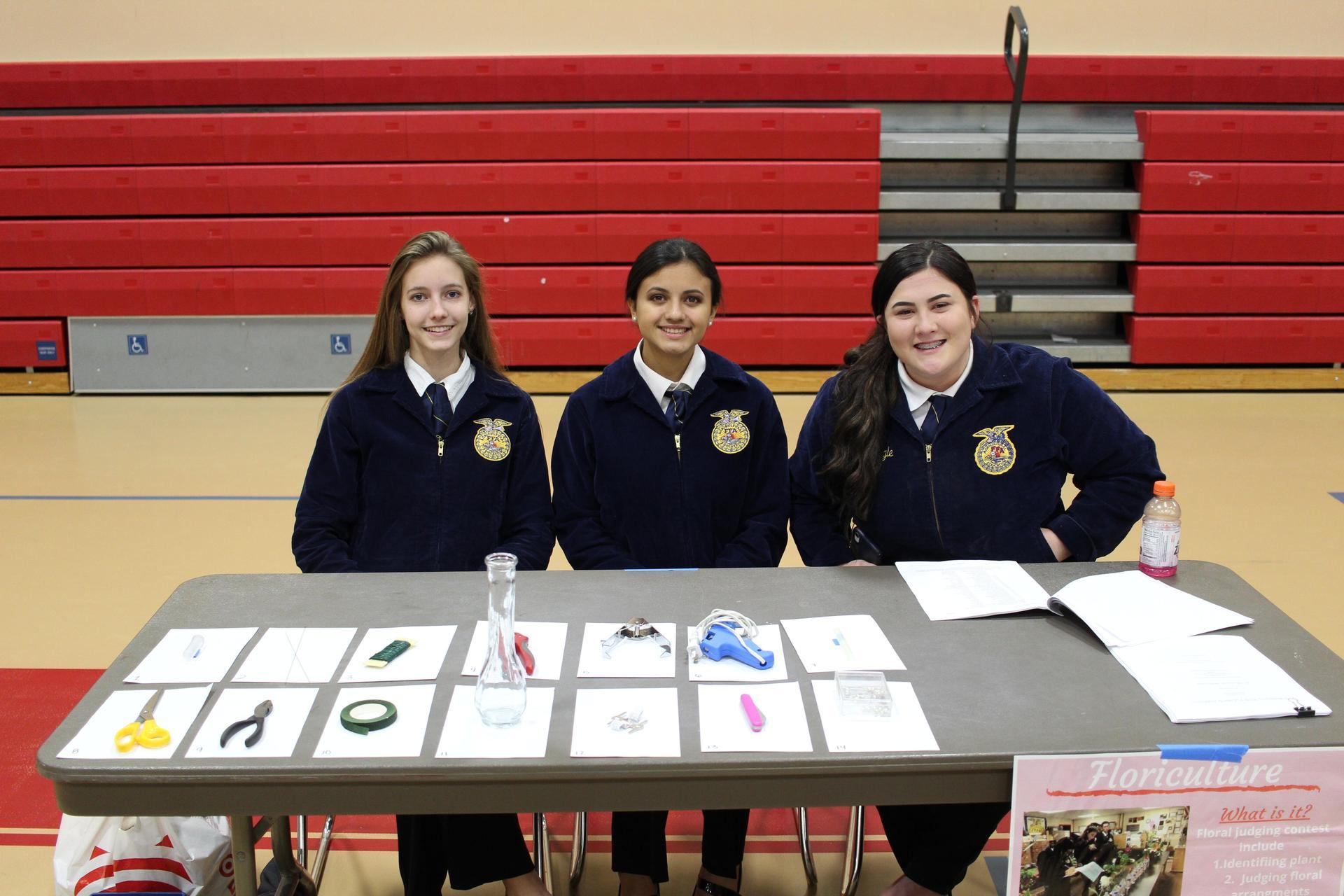 Holly Tennesen, Maria Mendonca, and Jalyssa Escoto