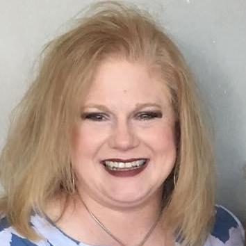 Elizabeth Crownover's Profile Photo