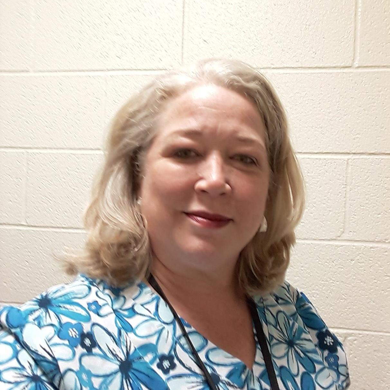 Lesley Kellett's Profile Photo