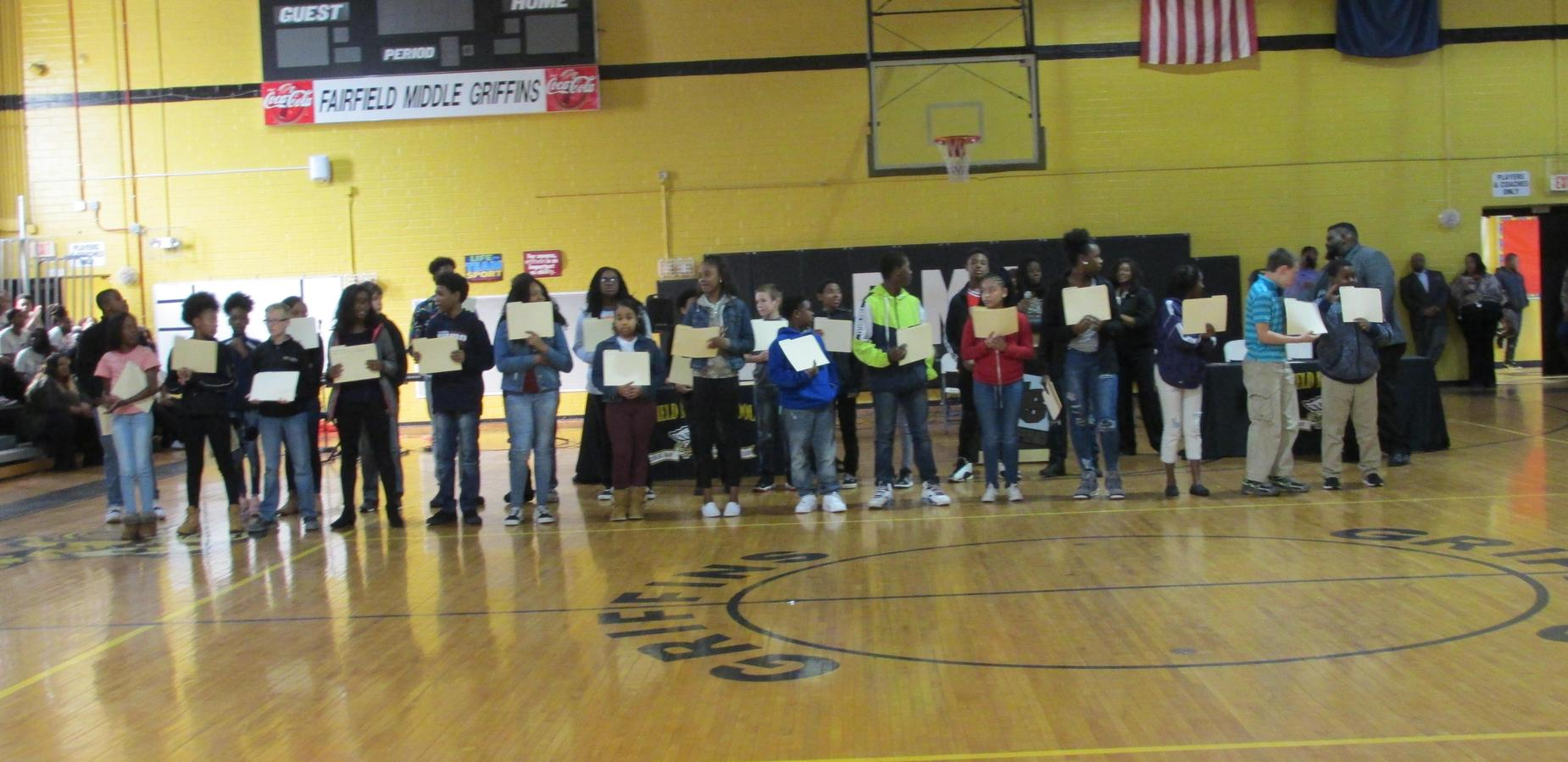 7th Grade A and B Honor Roll students Quarter 1