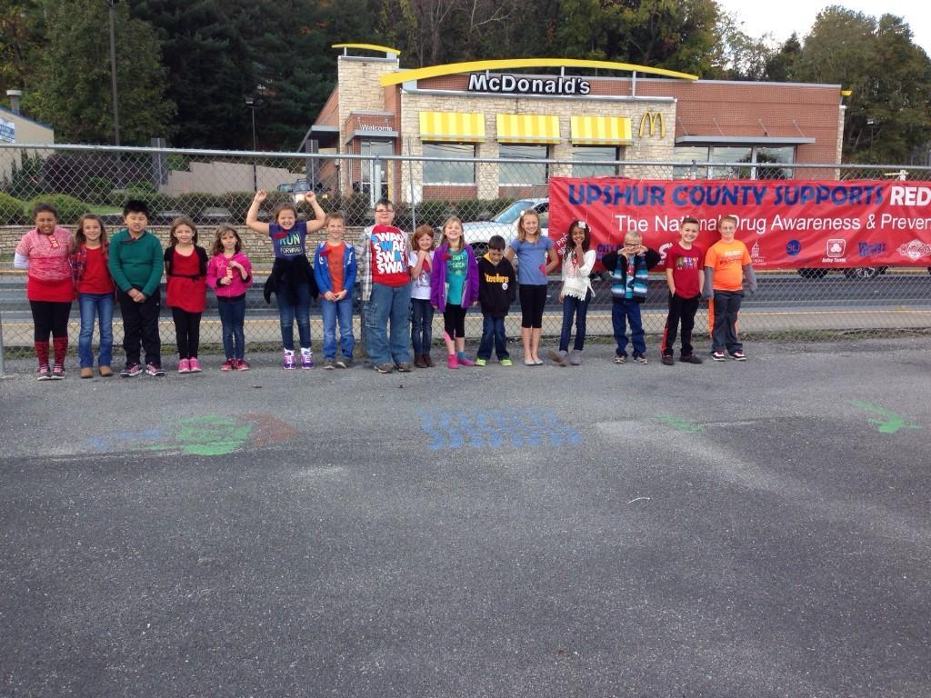 Mrs. Wildman's Third Grade Class during Red Ribbon Week