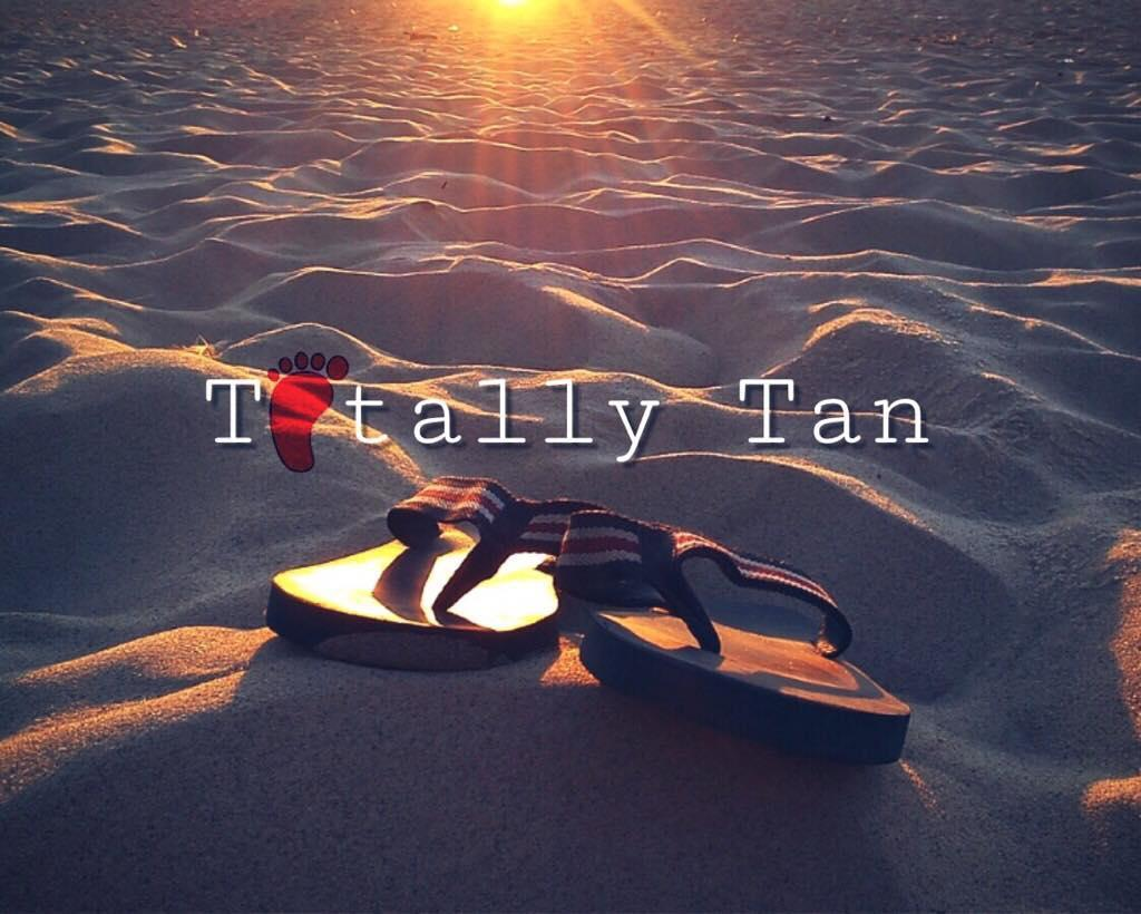 Totally Tan Logo