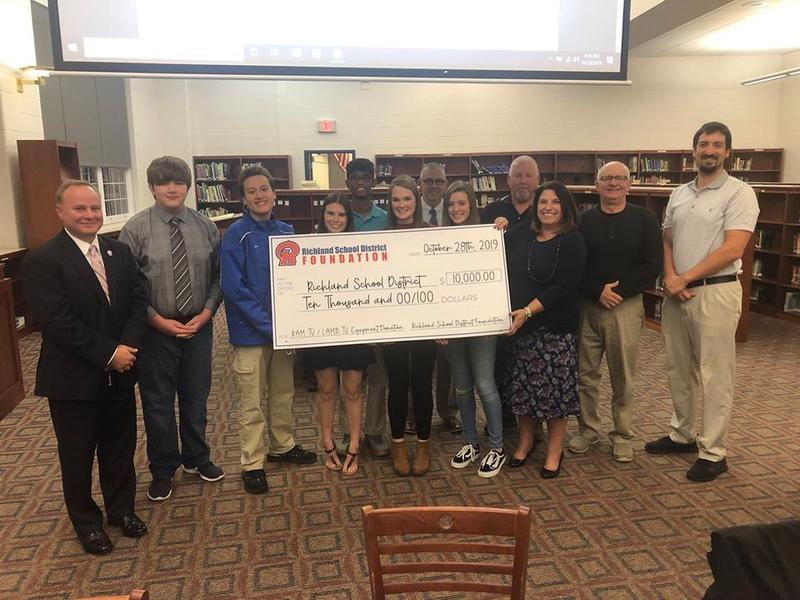 RSD Foundation Presents Donation Check to Richland School District Featured Photo