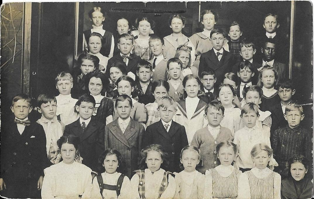 early 1900's students of Salem School. Including Harris Whittemore's daughter Helen.