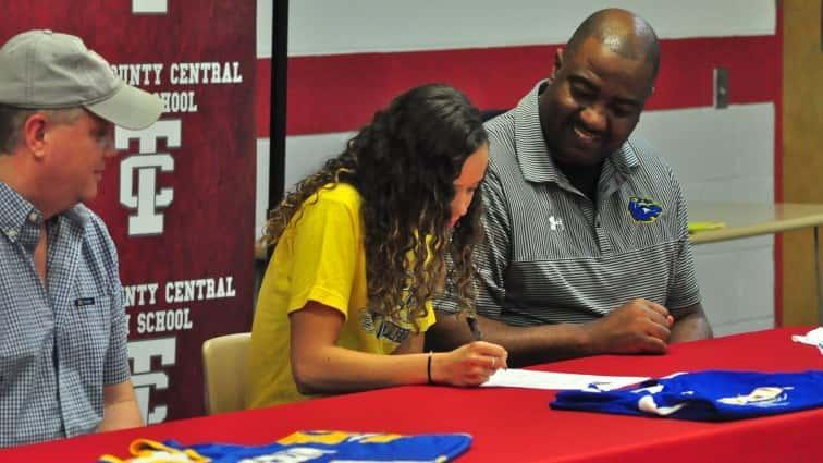 Brumfield Signs With Brescia University Featured Photo