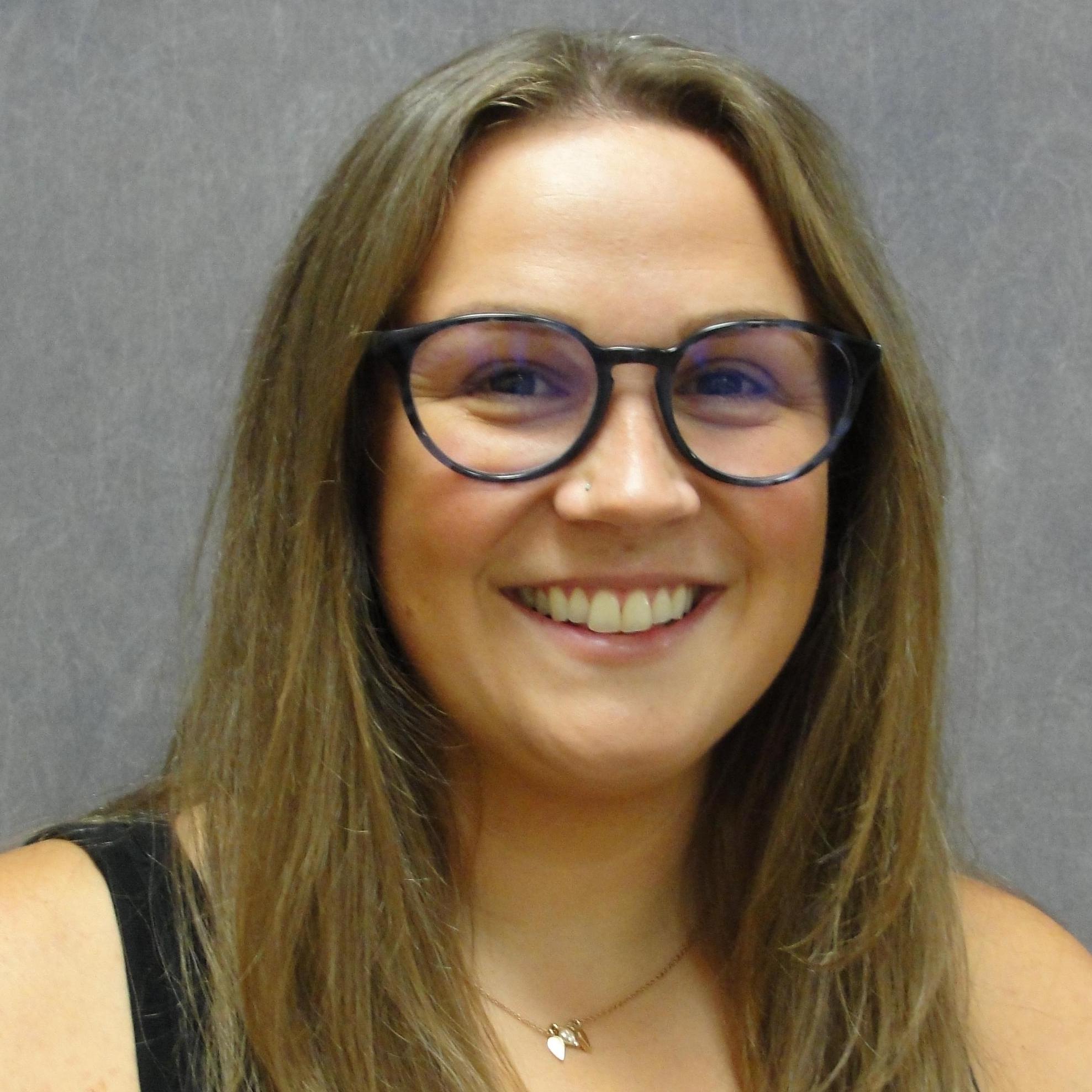 Jennifer Tompos's Profile Photo