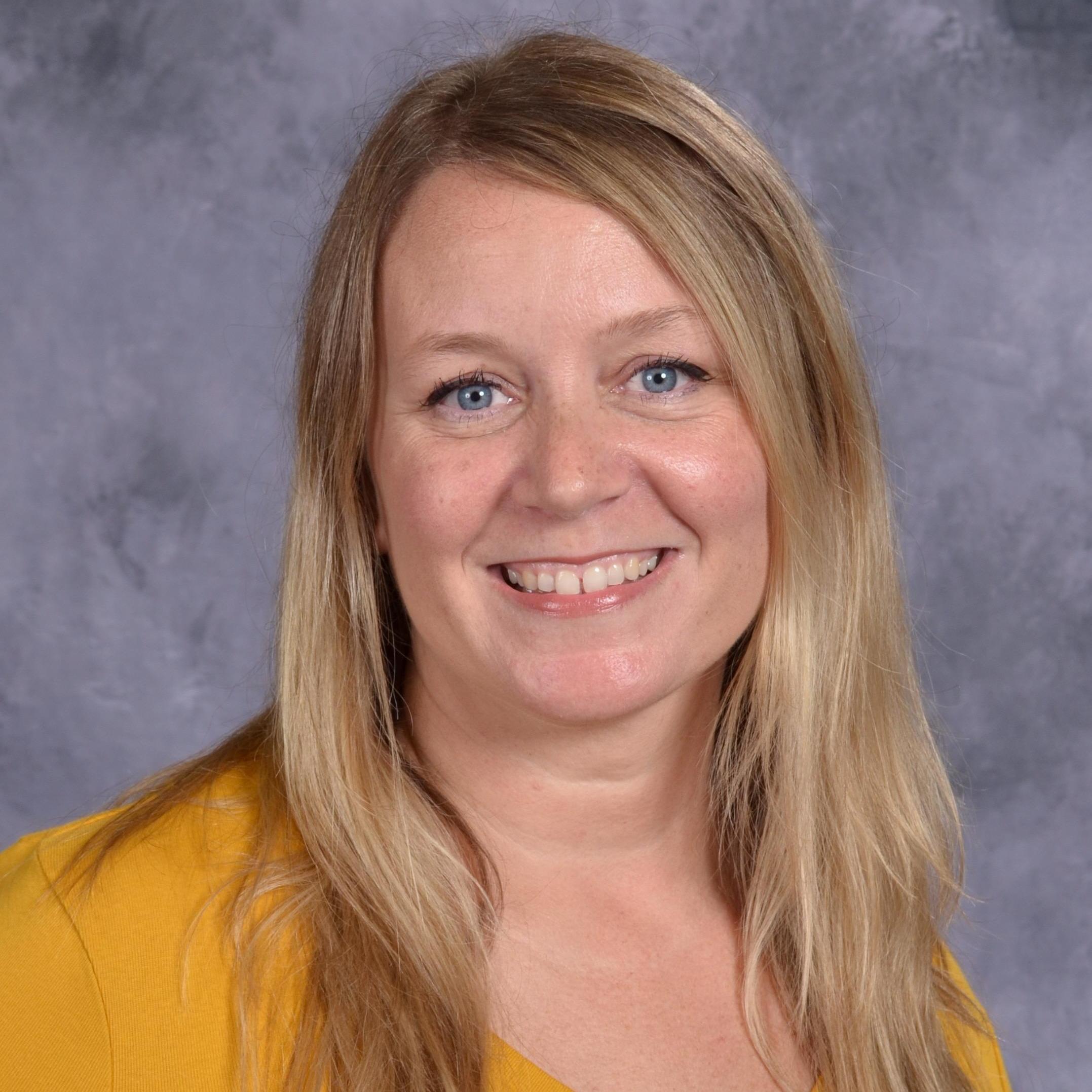 Lindsay Visser's Profile Photo