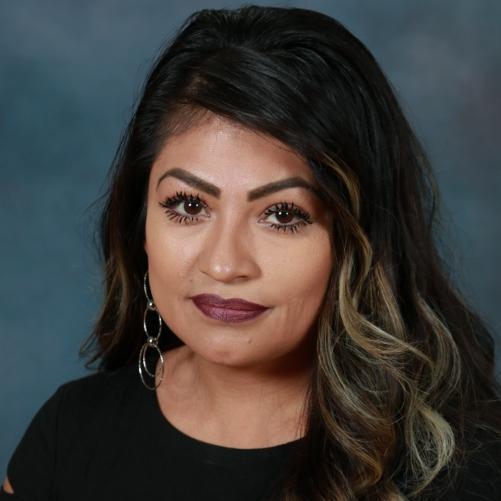 Karina Martinez '99's Profile Photo