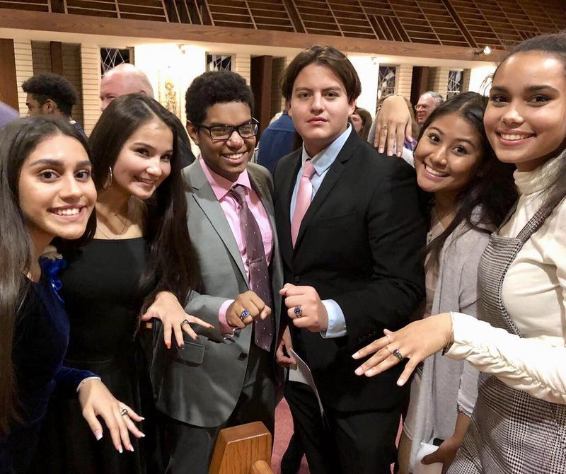 Union Catholic Renews Time-Honored Tradition with its Junior Ring Ceremony for the Class of 2021 Thumbnail Image