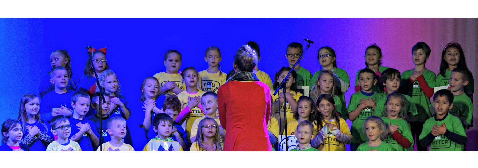 1st grade students singing