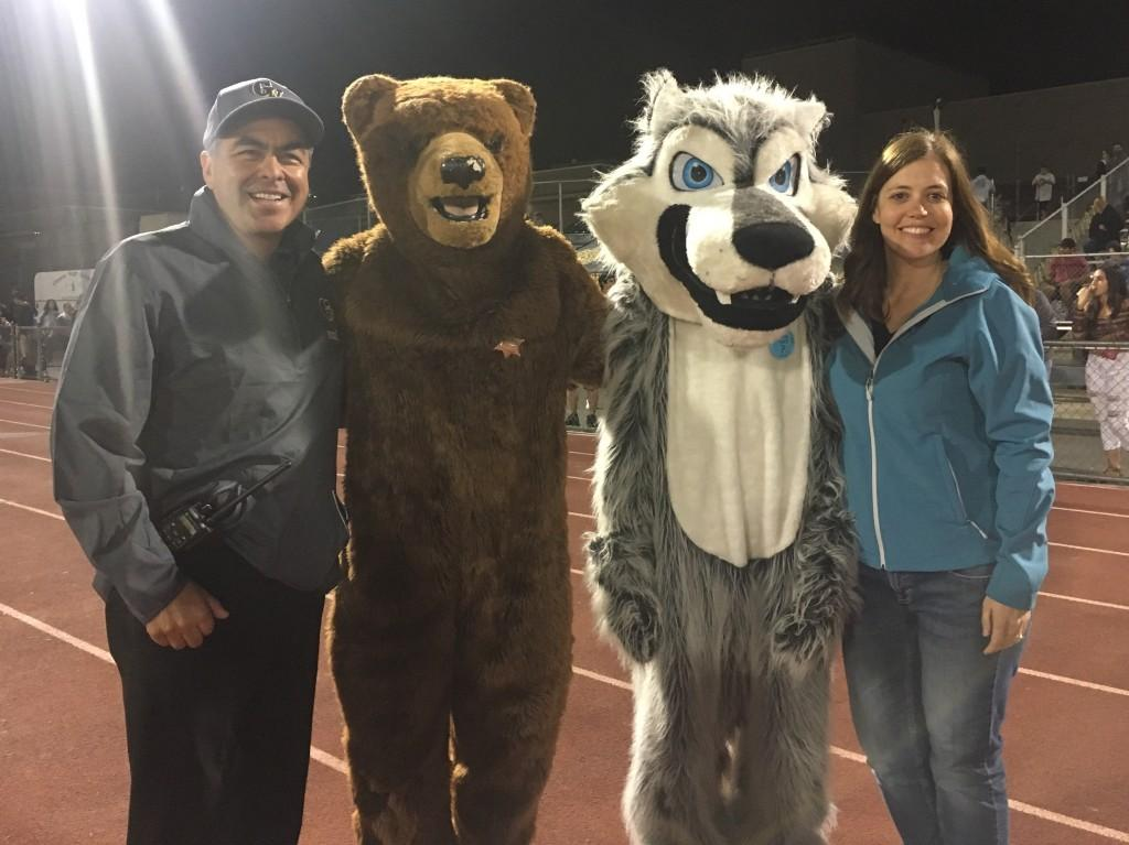 Principals Krantz and Frias with school mascots