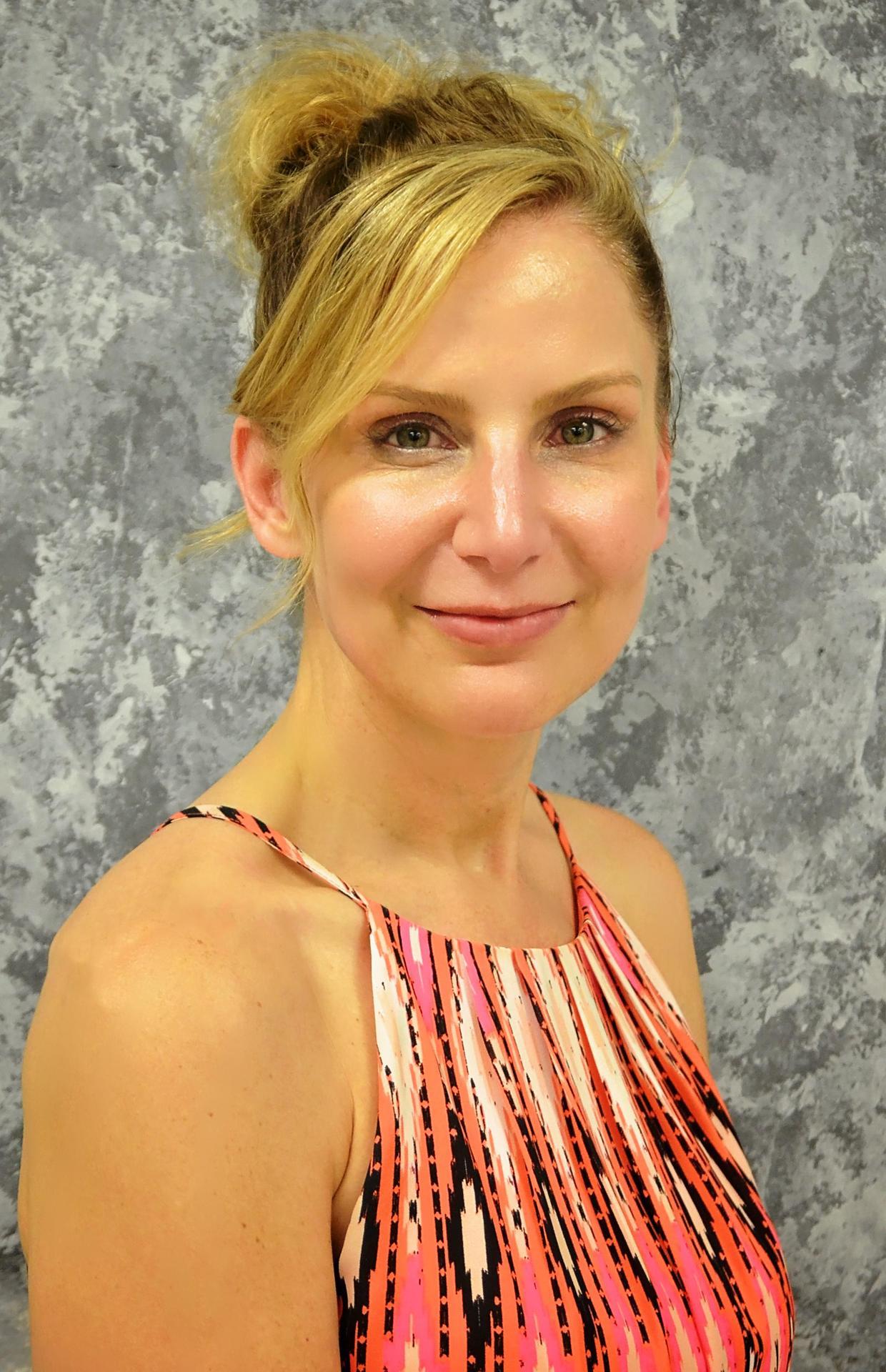 Holly Mott