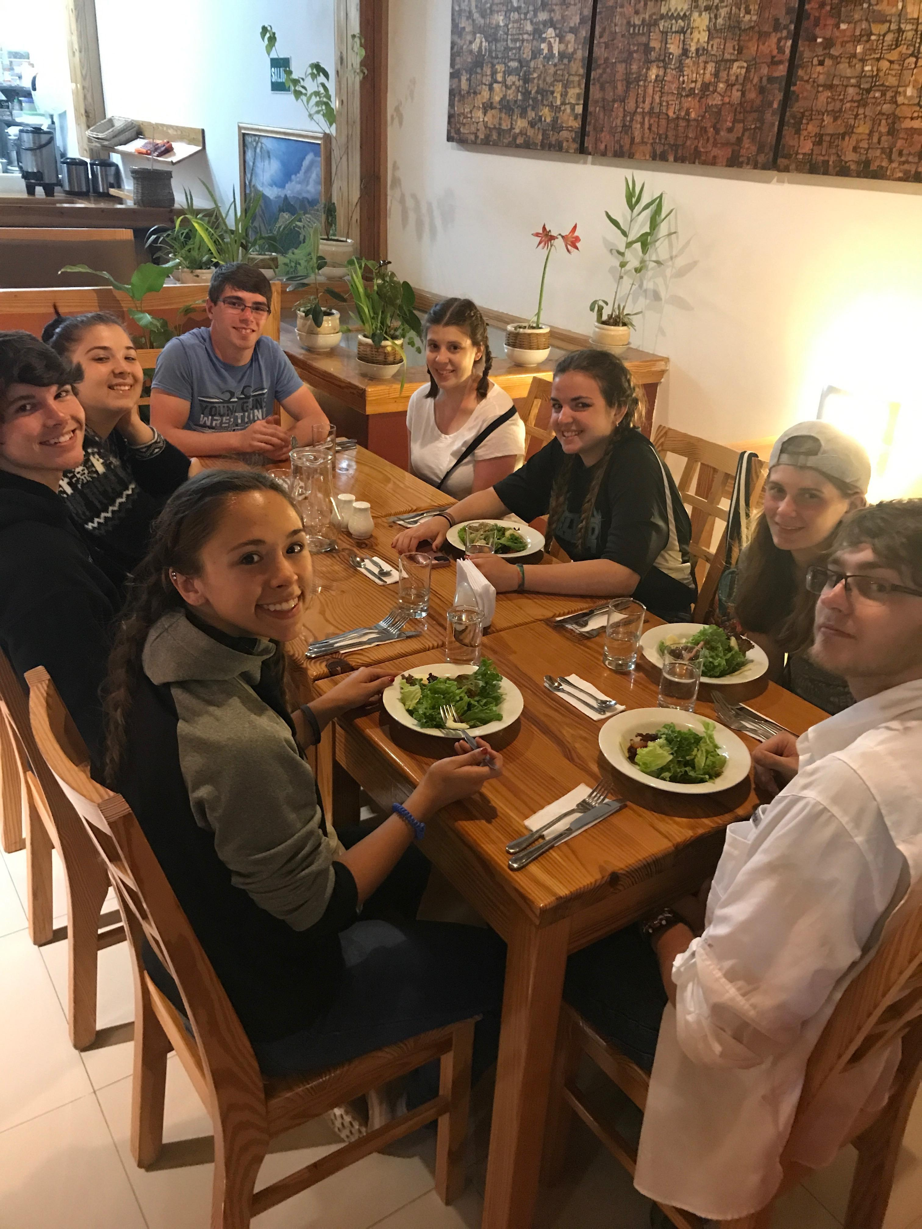 Out to dinner in Perú