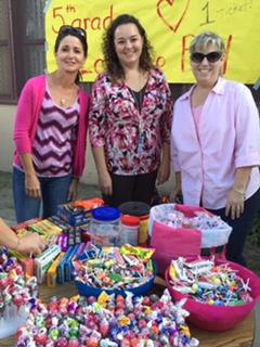 5th Grade Team having a SWEET time at the Fall Festival.
