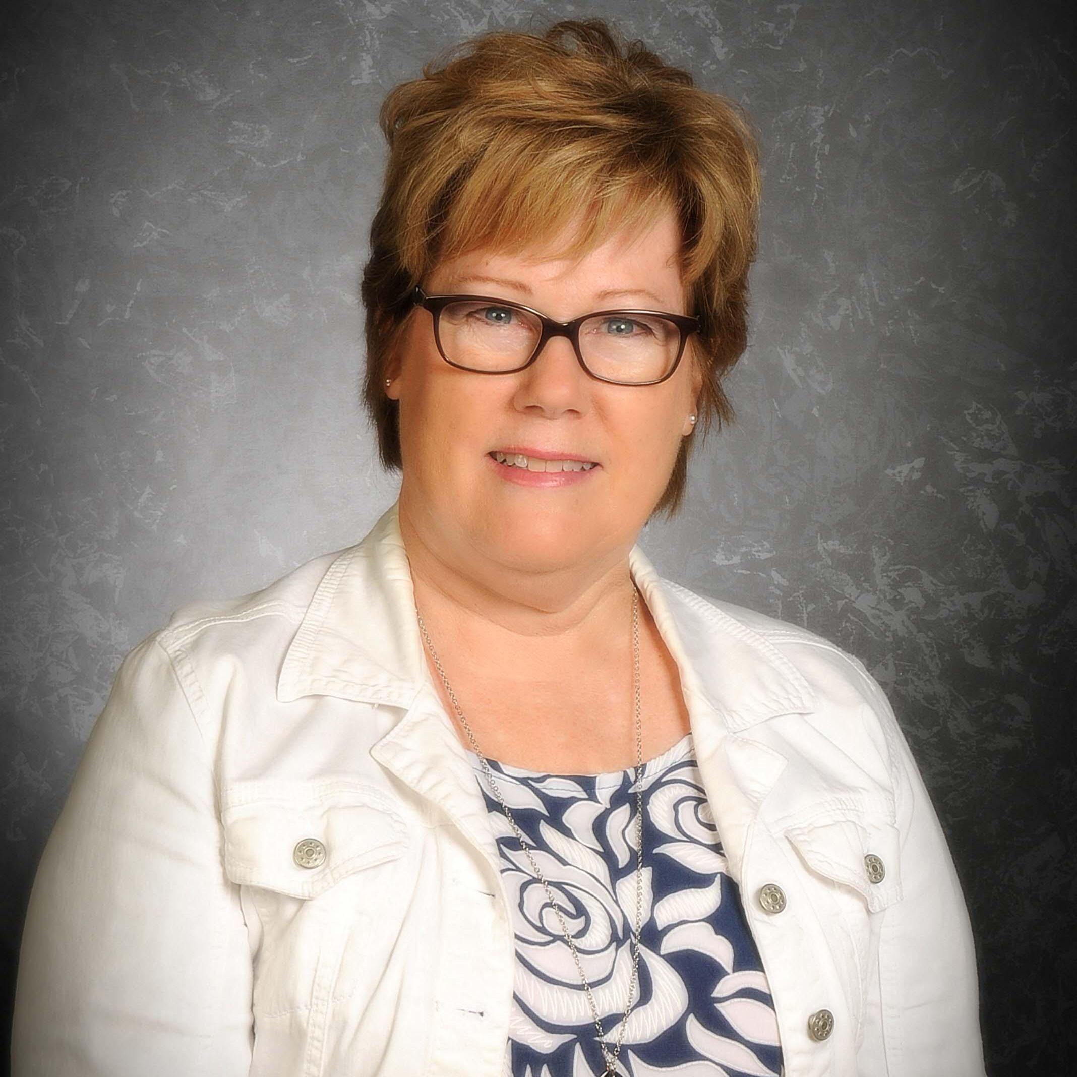 Susan Khoobiar's Profile Photo