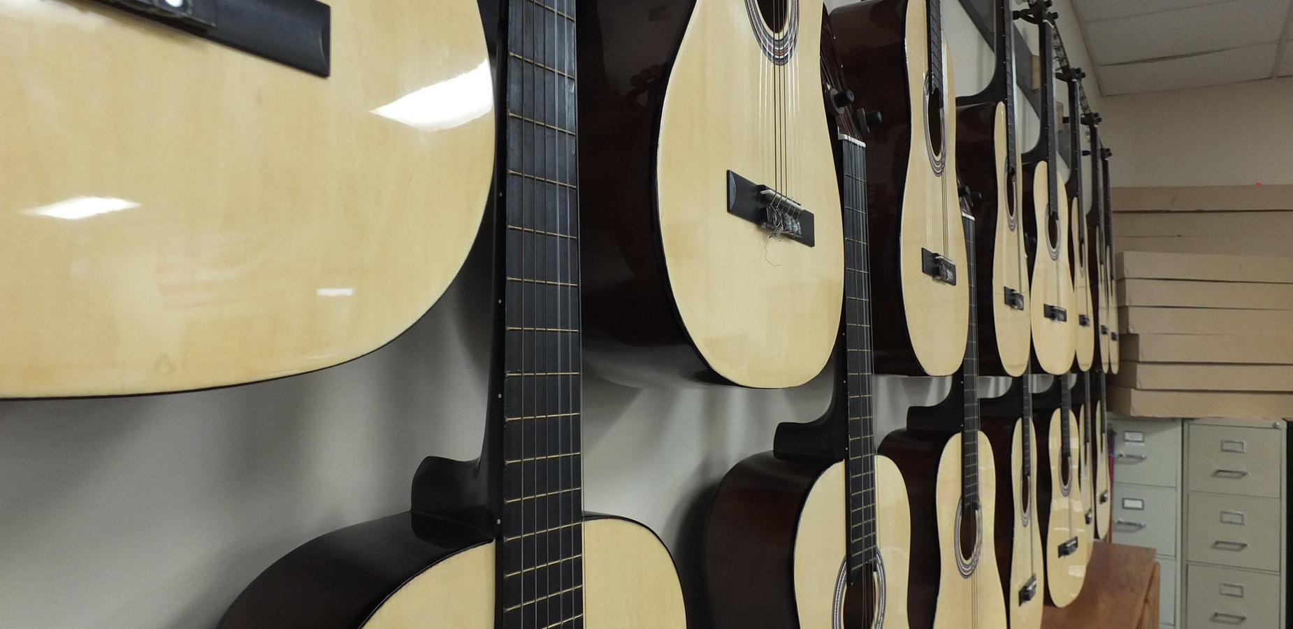 CDMS Guitars
