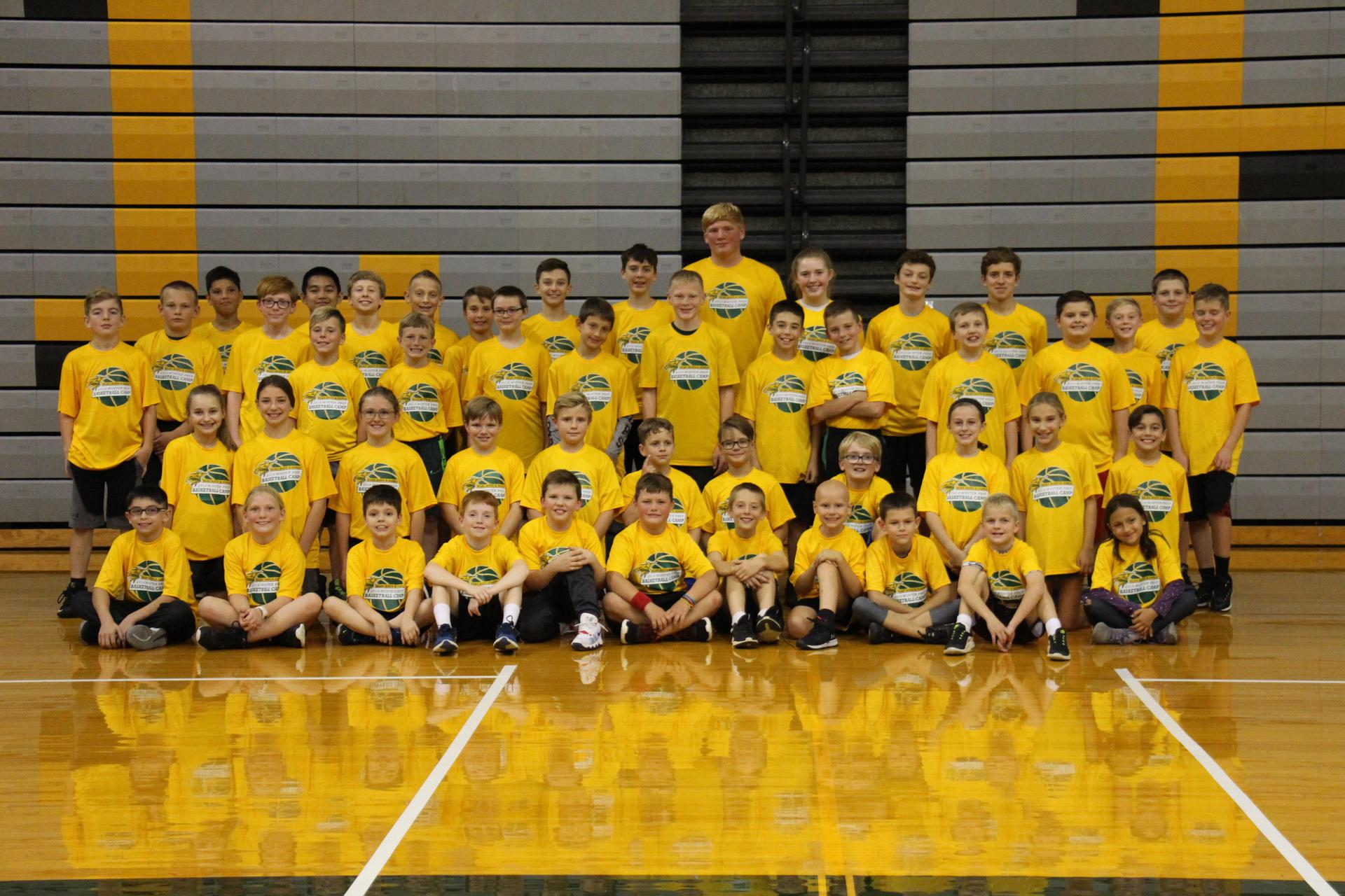 Fall basketball camp group picture