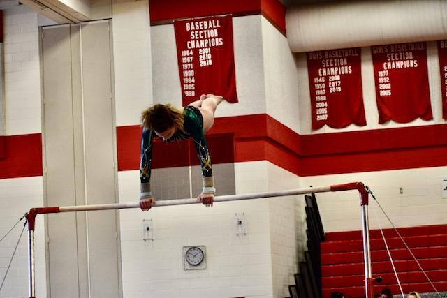 SLS student competes in uneven bars