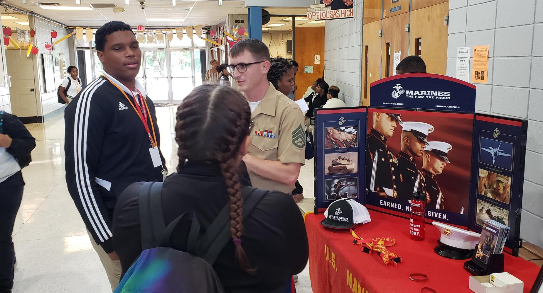 OHS students talk to Marine recruiters.
