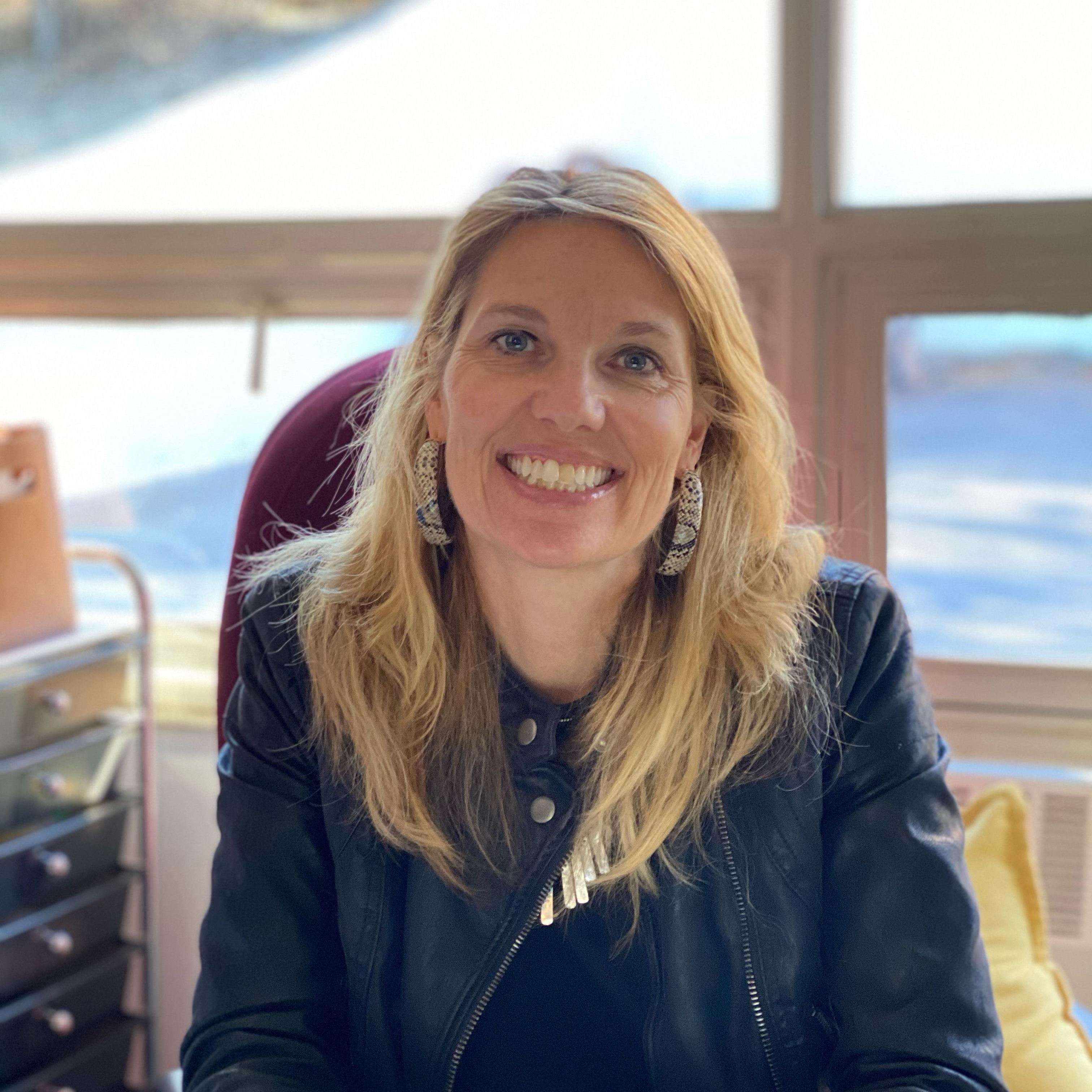 Kelly Linkenhoker's Profile Photo