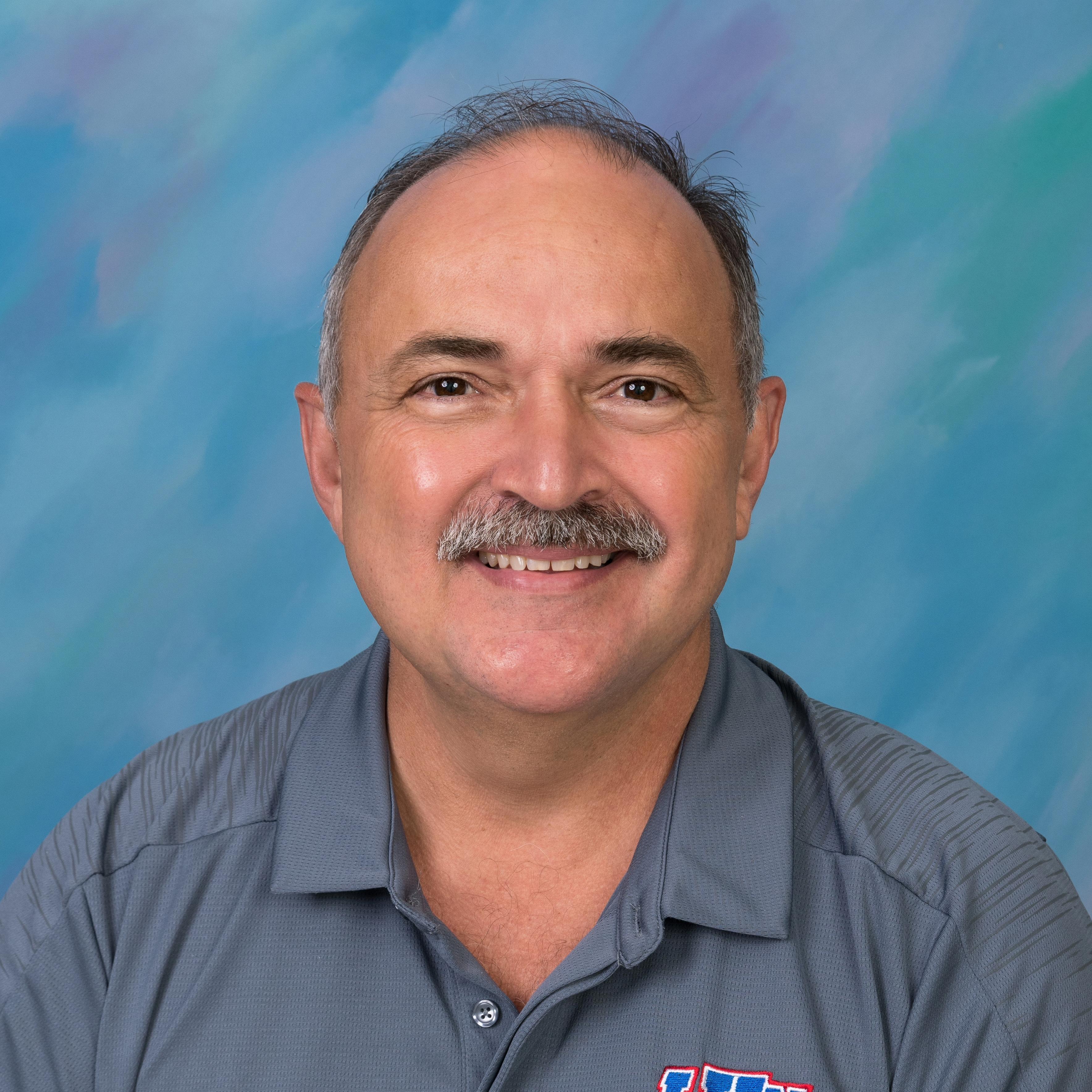 Larry Hernandez's Profile Photo