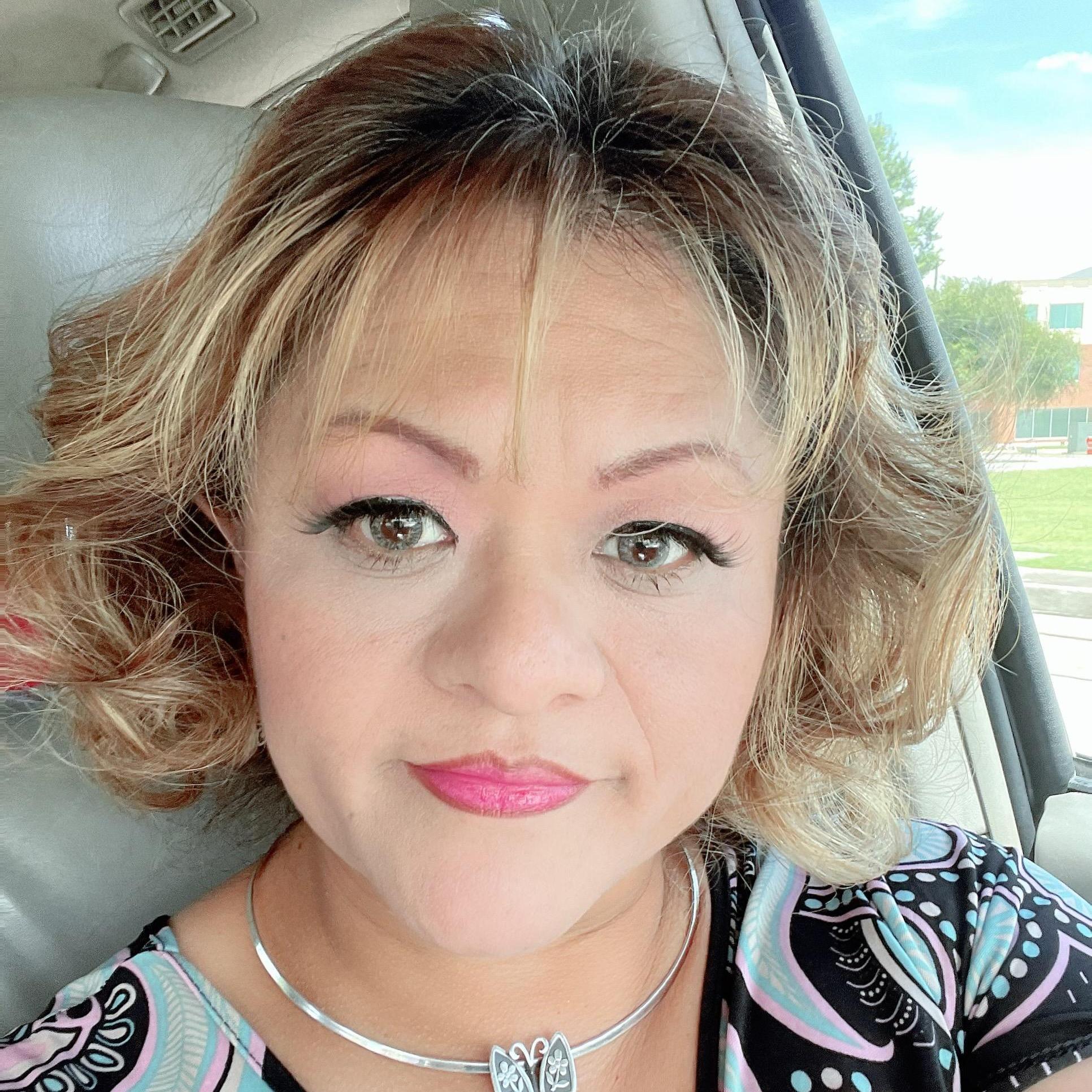 Martha Sandoval's Profile Photo