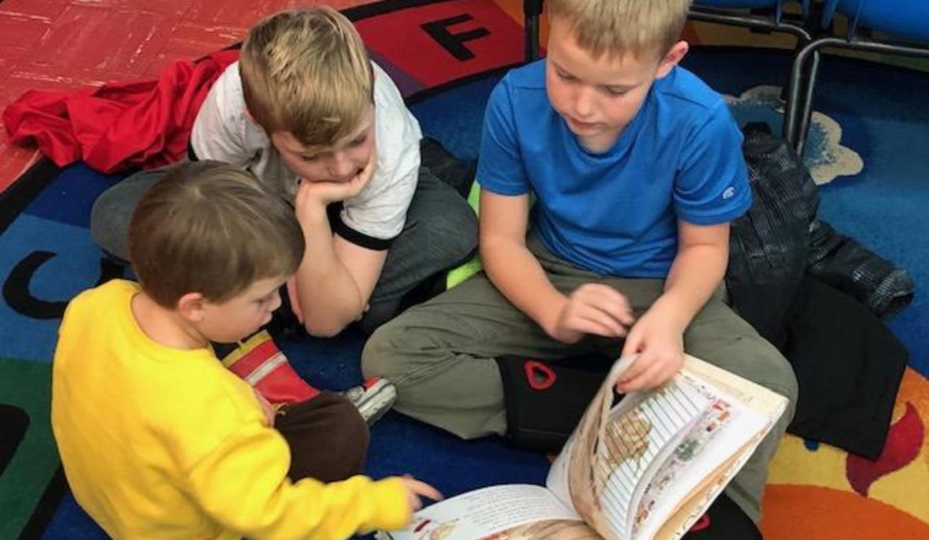 3rd grade reading to a preschooler