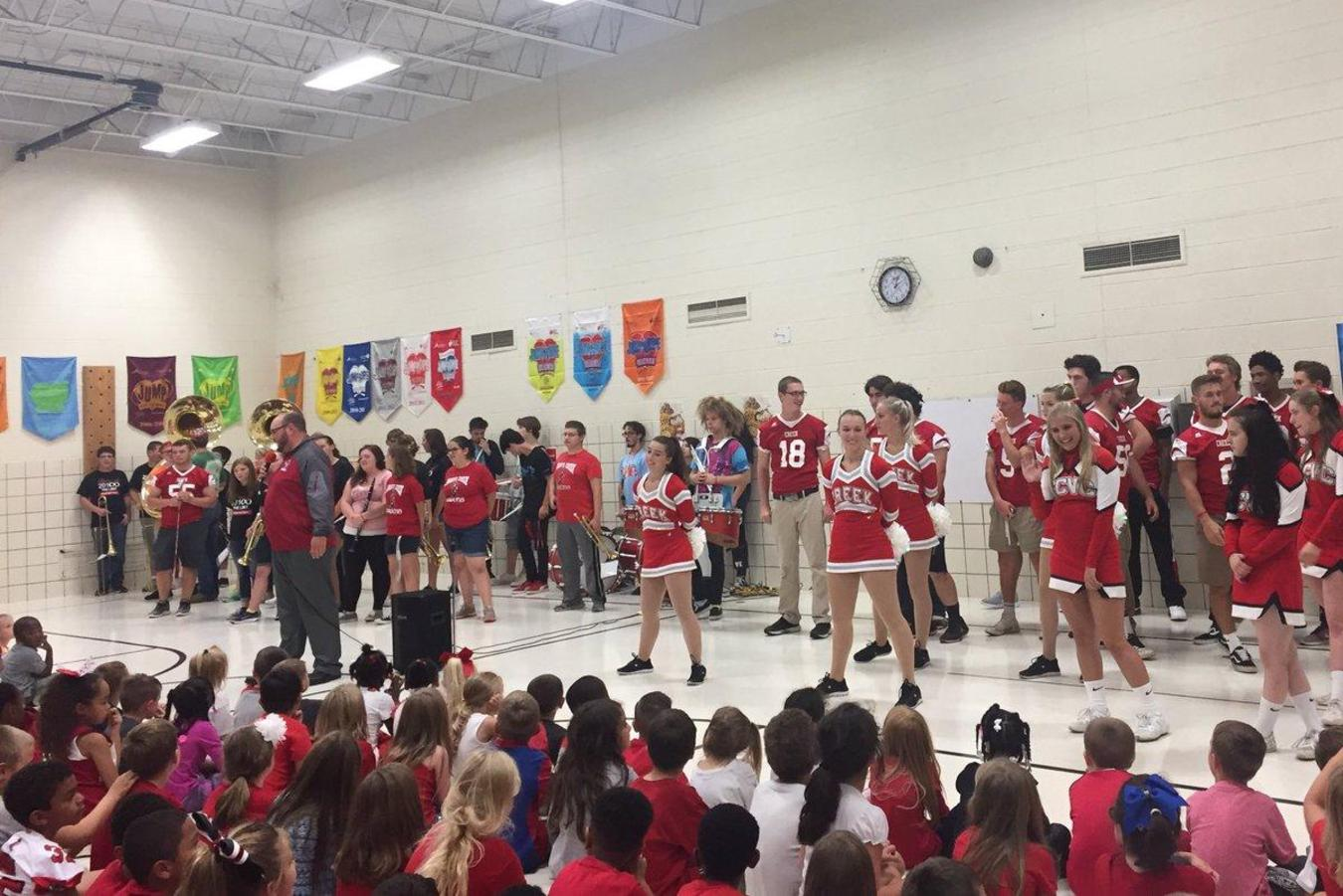 Pep Assembly At Syring   Valentine Community Schools