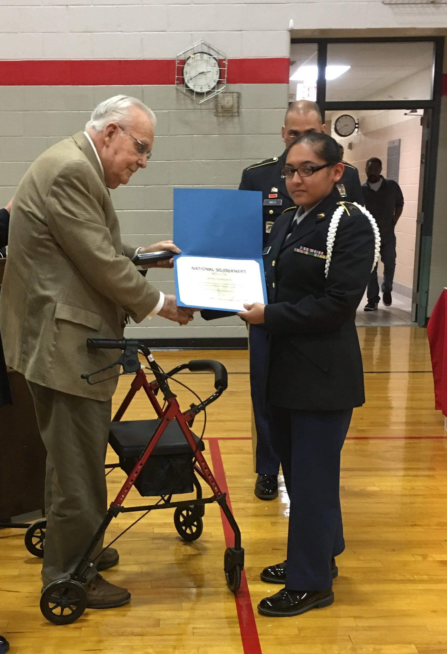 WW II Veteran & POW presents JROTC Award