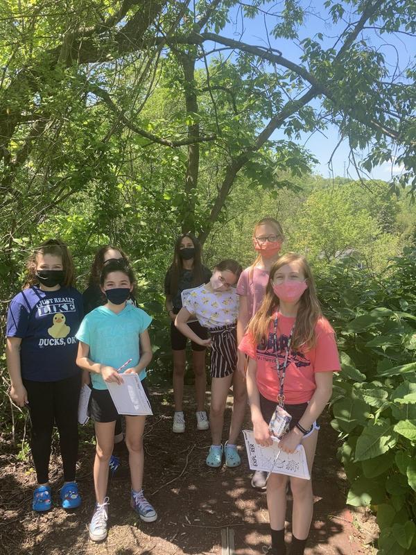 students on scavenger hunt