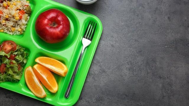 School Food Service during quarantine Featured Photo