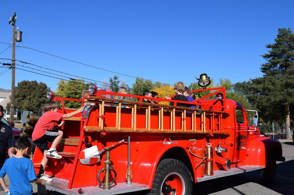 Fire Truck Ride for 3rd graders