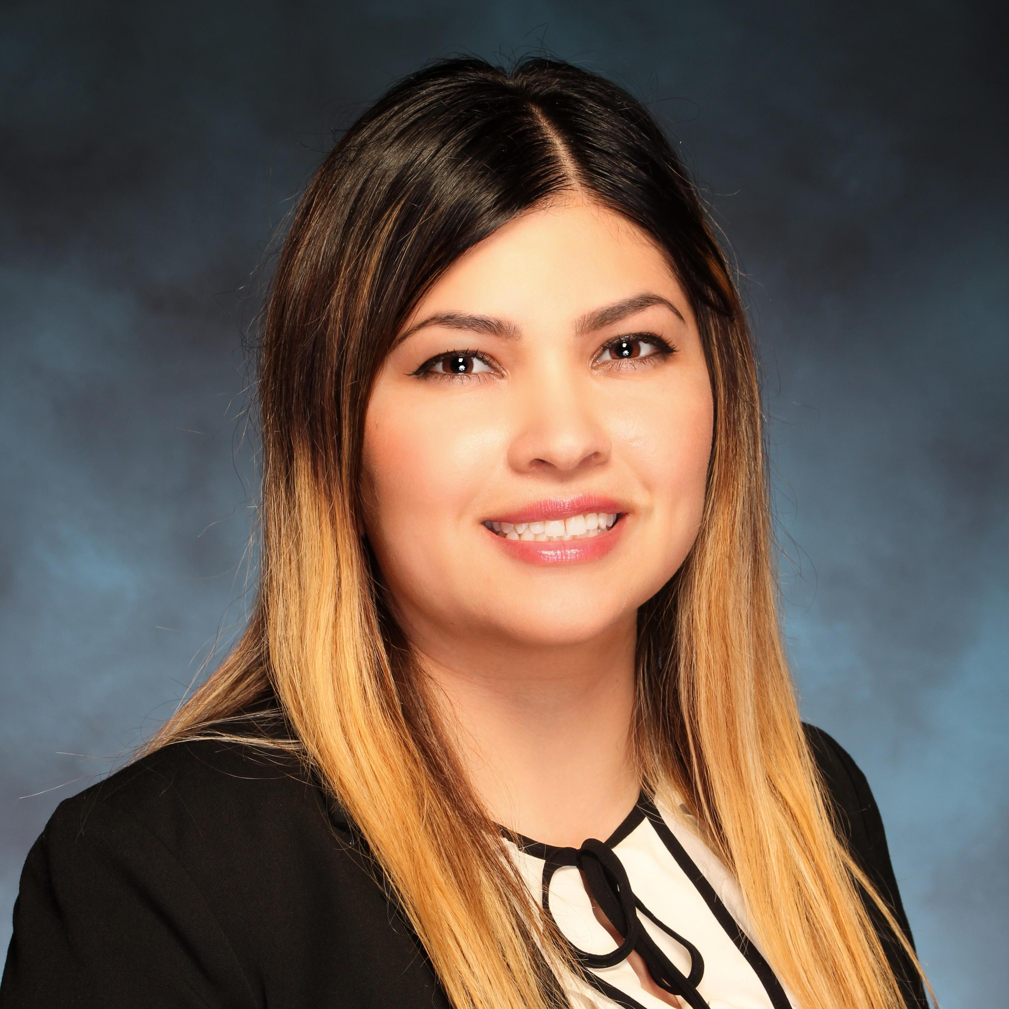 Cindy Flores's Profile Photo