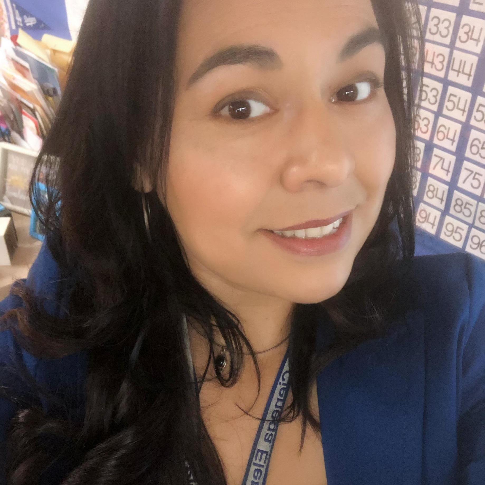 Sandy Pelayo's Profile Photo