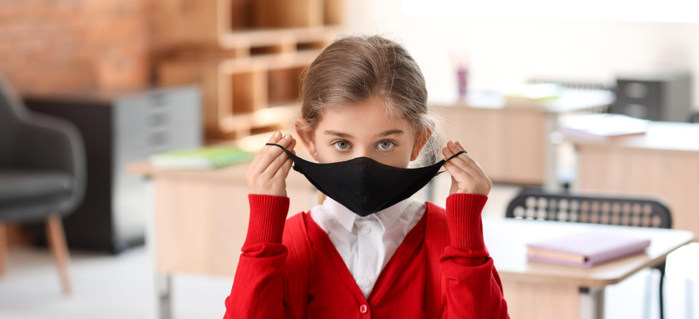 girl wearing face mask